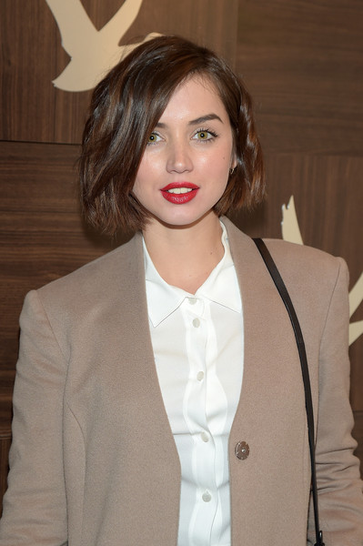 Ana de Armas Plastic Surgery : Breast Butt Nose Chin Lips