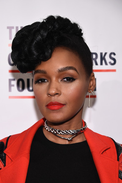 Janelle Monae Plastic Surgery: Breast Butt Nose Chin Lips