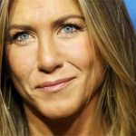 Jennifer Aniston Plastic Surgery – Nose & Boob Job Done!
