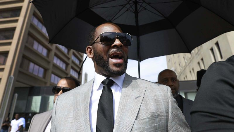r-kelly-pleads-not-guilty-to-11-more-sex-related-felonies-in-chicago