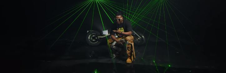 """Olamide video for """"pawon"""""""