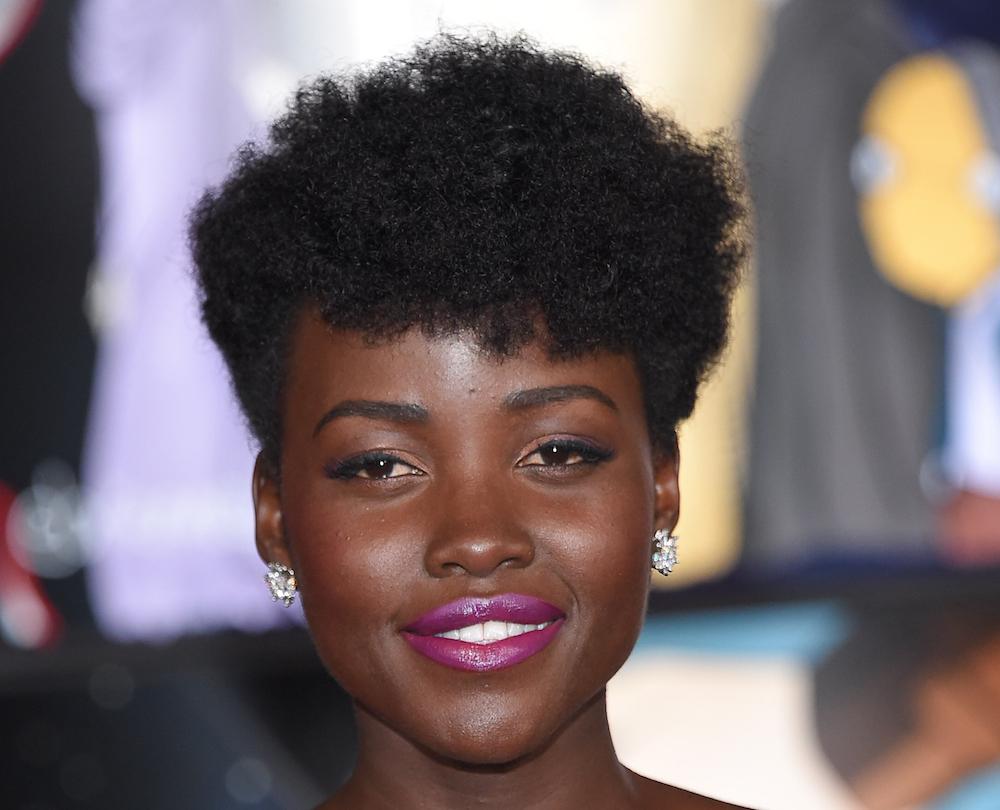 Nigerian Girls Recreates LupitaNyong'o and Chimamanda Adichie Looks