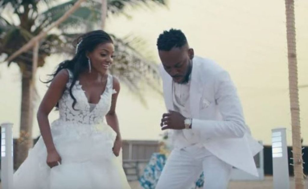 Four Relationship Lessons To Learn From Simi And Adekunle Gold's Love Story
