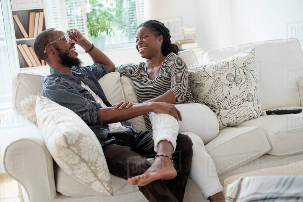 Tell-Tale Signs That Your Relationship Is Ripe To Get Engaged