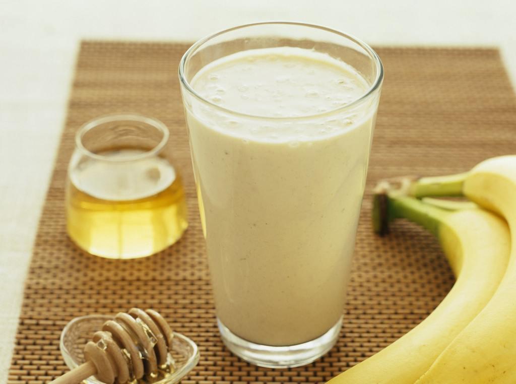DIY : Easy Steps To Prepare Nutritious Banana Smoothie
