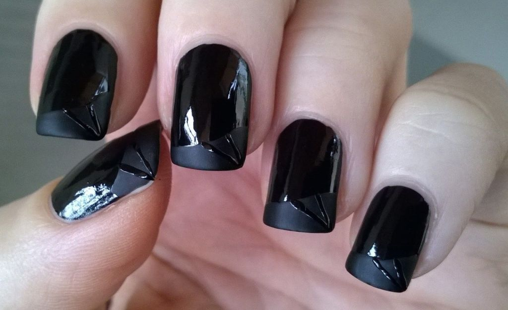 Five Trendy Ways To Pull Off Your Matte Black Nails