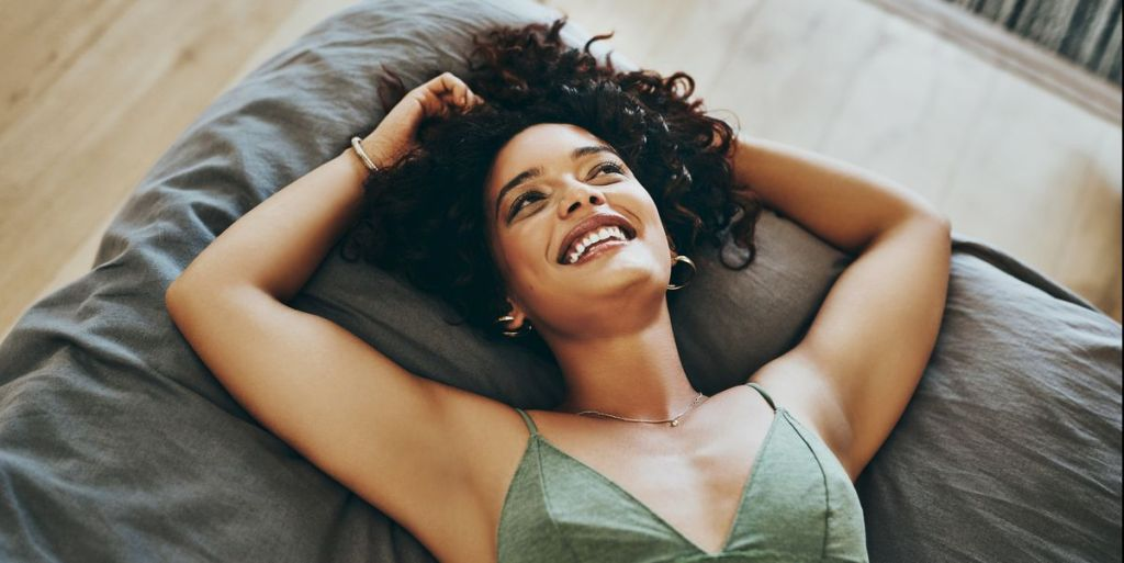 No Bra Day: See Seven Benefits Of Going Braless