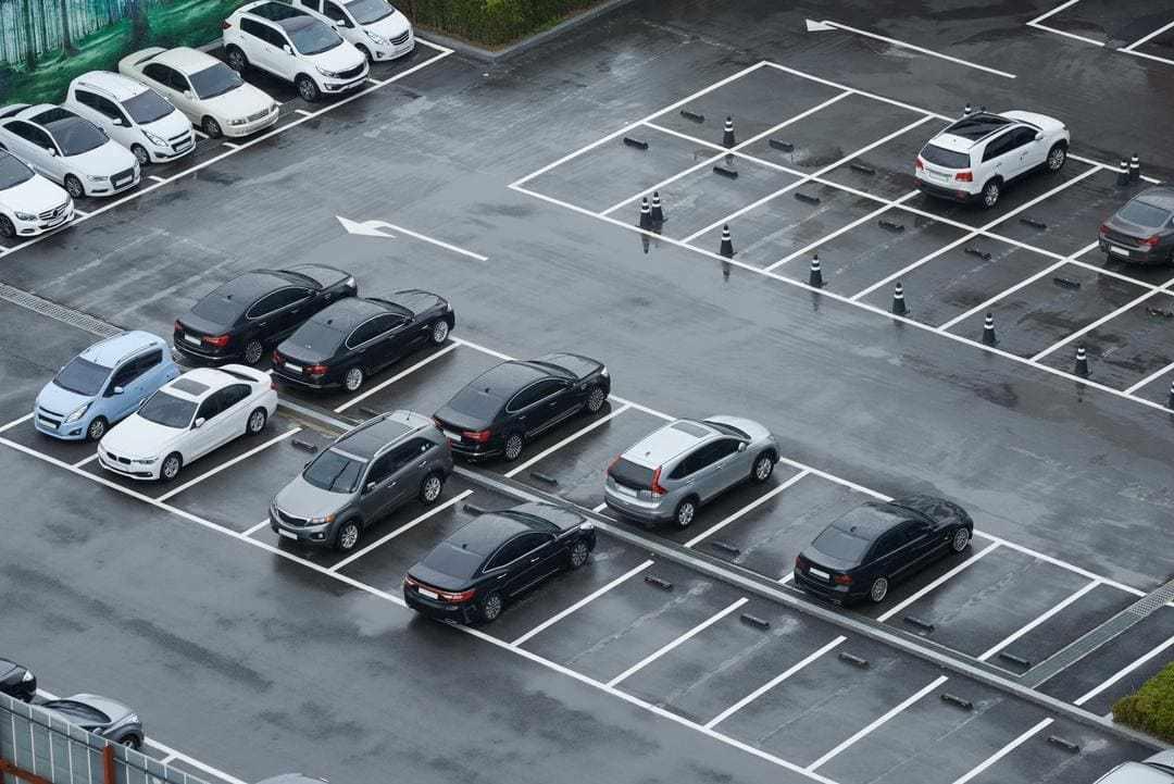 Platesmart parking lot
