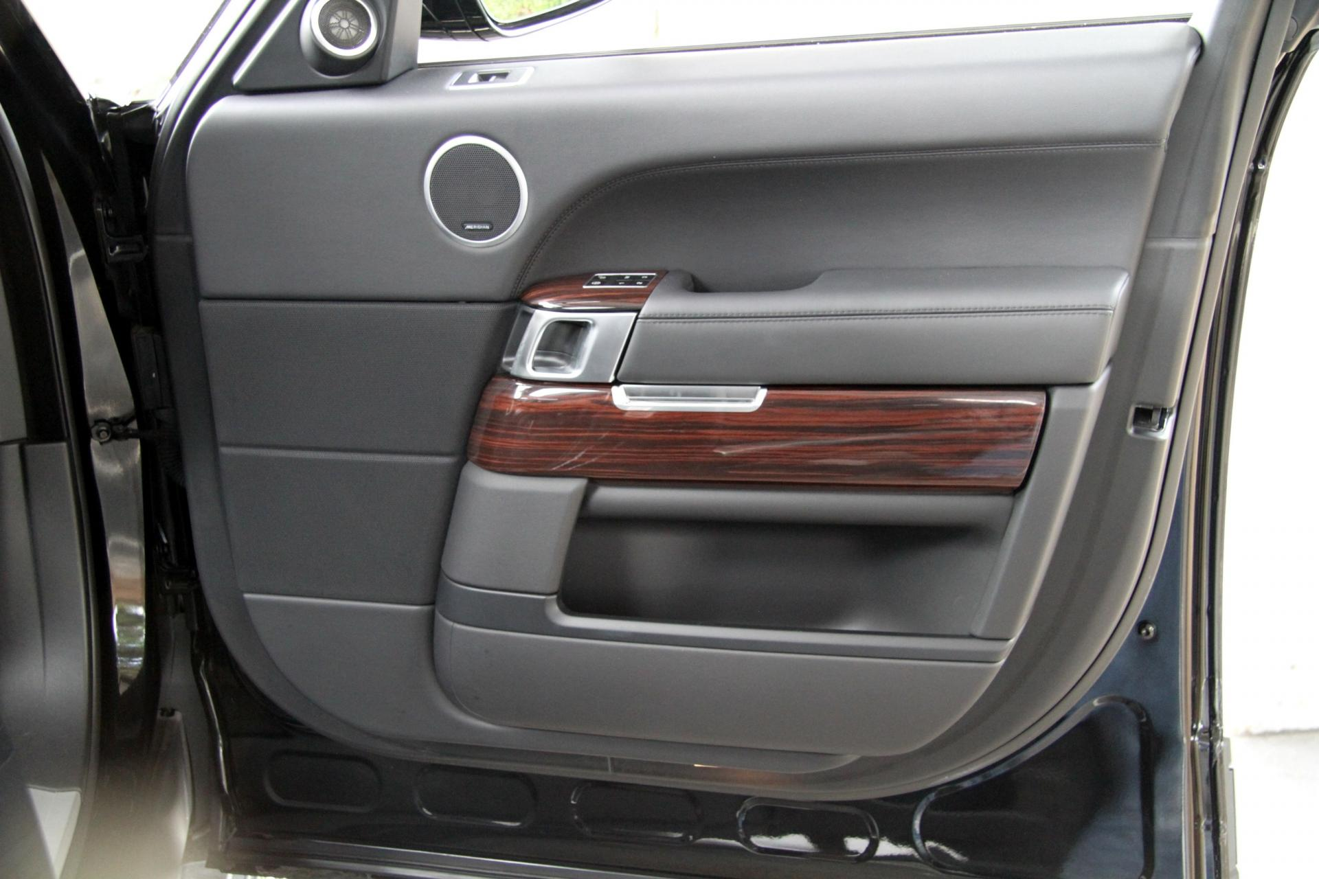 100 [ Ford Range Rover 2015 ]