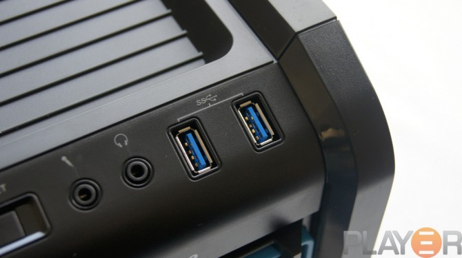 Thermaltake Chaser A31 USB 3.0 Ports Front I-O