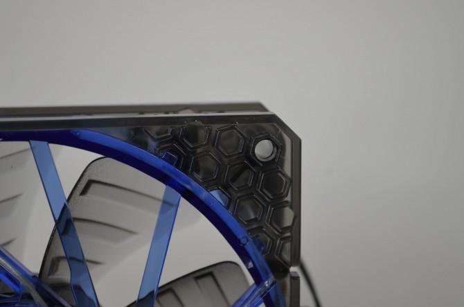BitFenix Spectre Pro LED 4