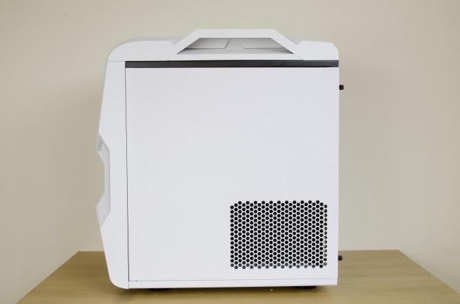 AeroCool Strike X Cube Exterior back side panel