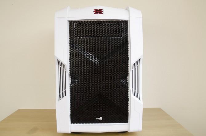 AeroCool Strike X Cube Exterior front