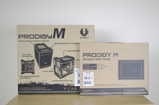 BitFenix Prodigy M Color packaging