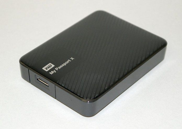 WD My Passport X 2TB 3