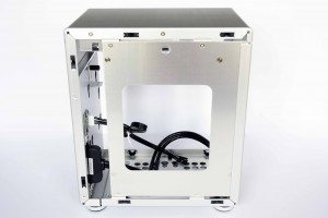 Lian Li PC-Q21A - right panel removed