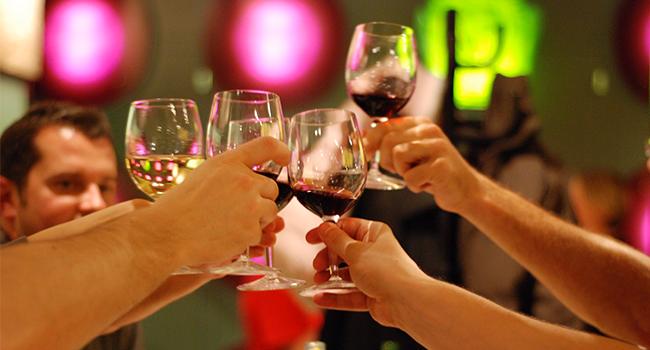 巨匠美語評價-社交英文問候語-乾杯