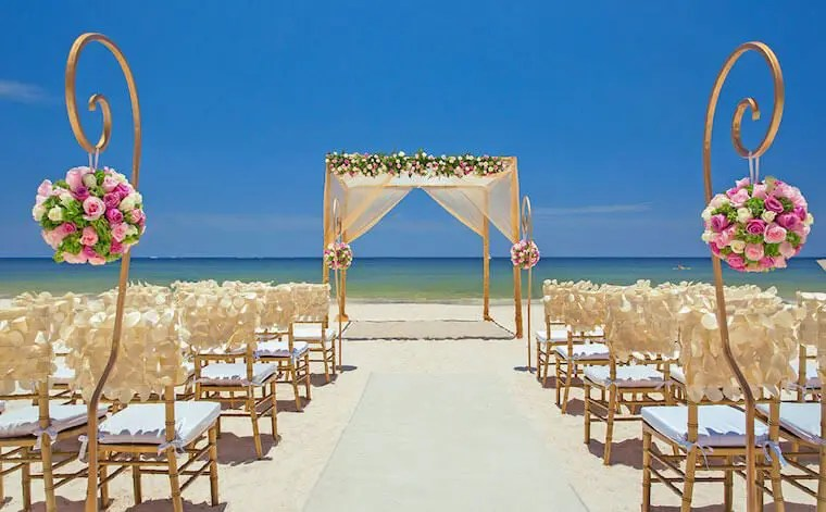 Wedding on the beach in MExico