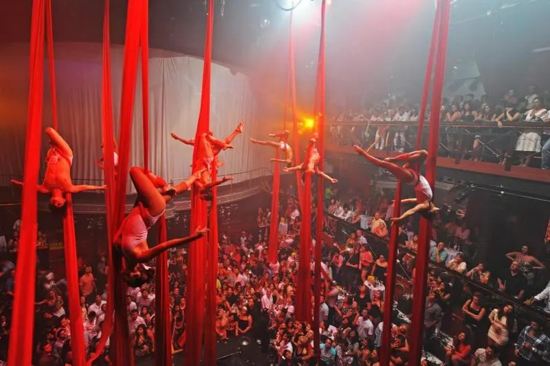 THIS Is What What 'Coco Bongo' Is REALLY Like!