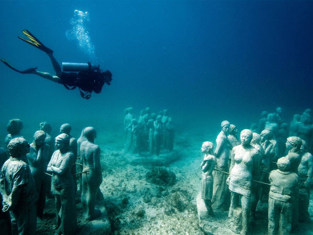 Top Underwater Museum of Art off the Coast of Cancun / Isla Mujeres QT06