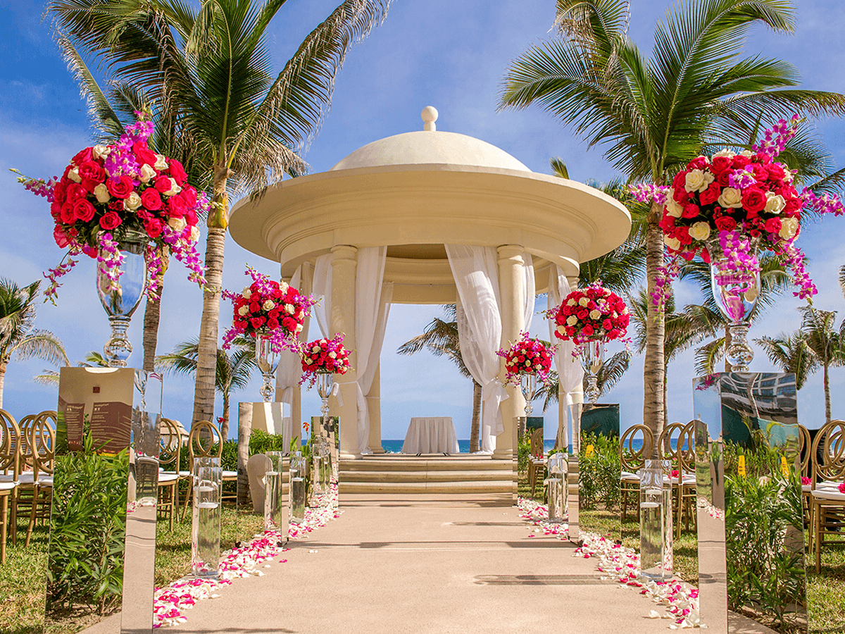 Gay weddings in mexico top 10 all inclusive hotel for Mexico wedding packages