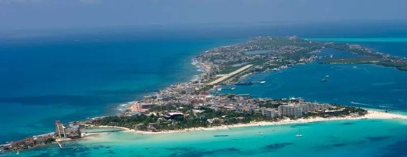 isla mujeres aerial view