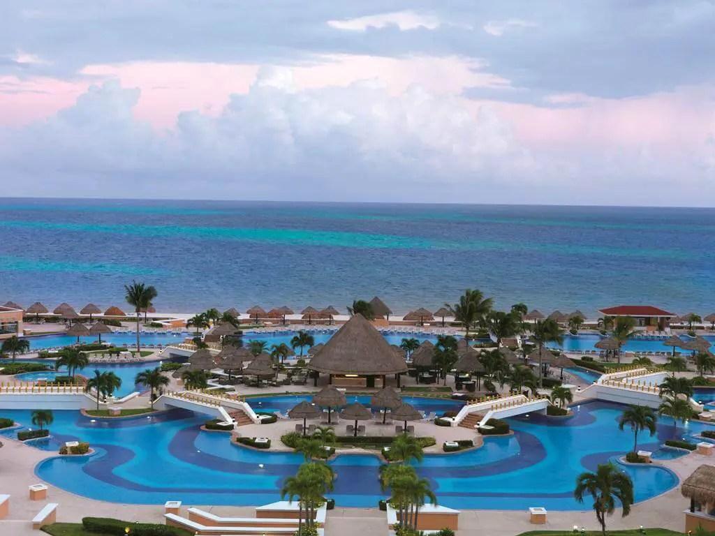 Moon Palace Cancun Food Reviews