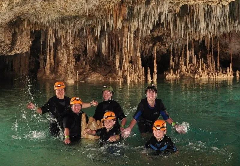 rio secreto cenote