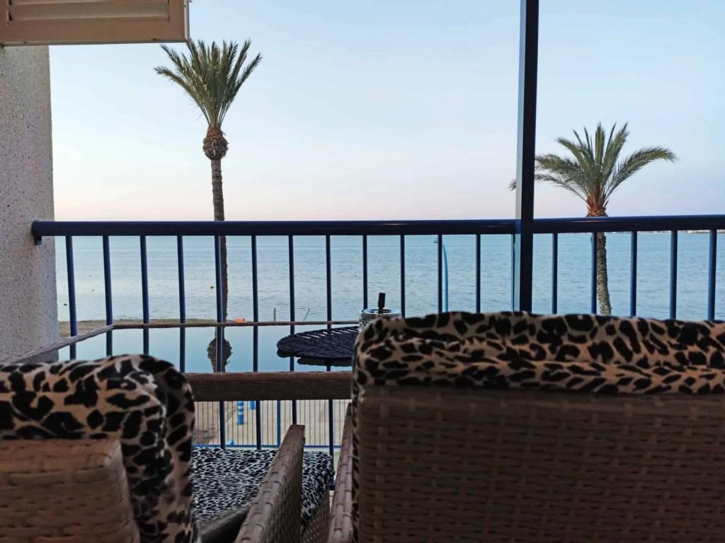 Siéntate en tu balcón y disfruta de las vistas directas