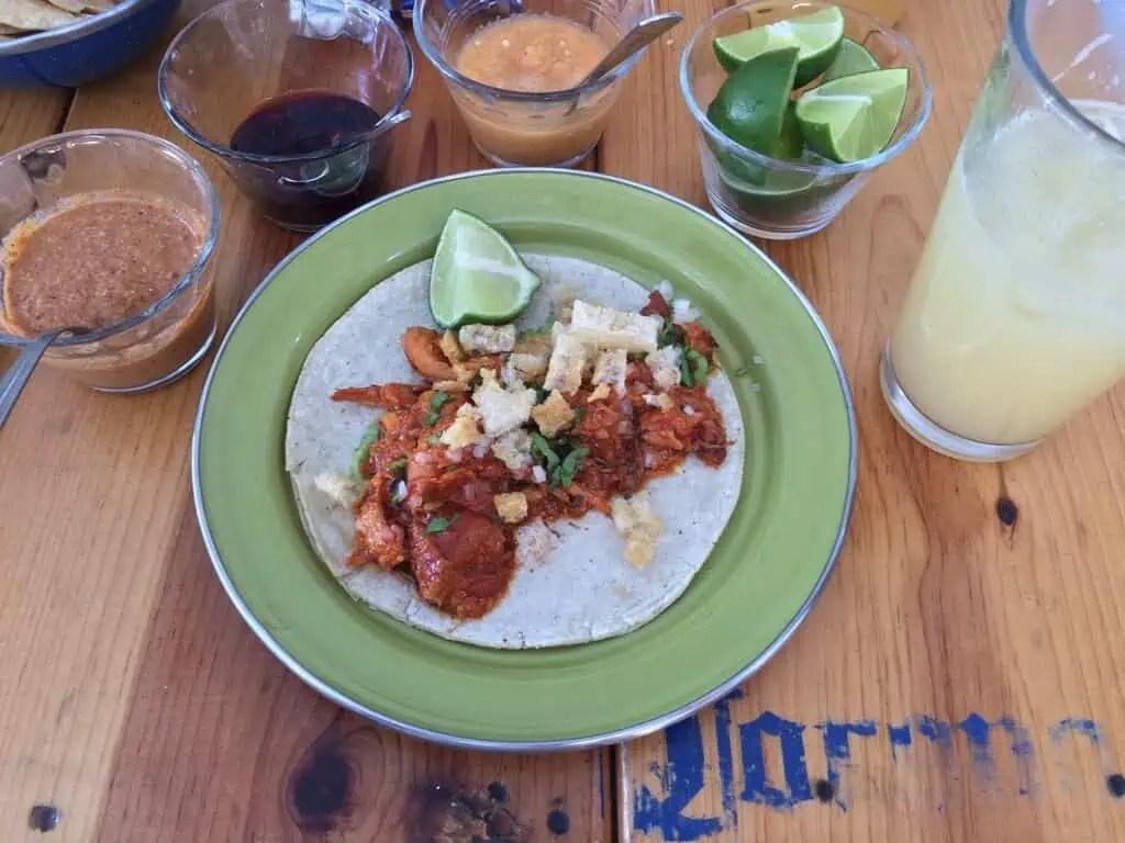 Taco de pulpo y chicharon at La Panga del Impostor