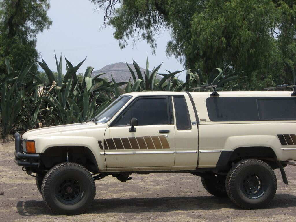 Toyota 4x4 in Teotihuacan, Mexico