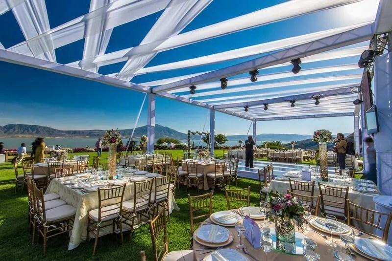 A Mexican wedding at Lake Chapala by Mexico wedding planner tendenza eventos