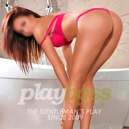 Fernanda has a beauty and hot body, she is a erotic masseuse, she is the perfect optios if you are looking for a hot massage with happy ending