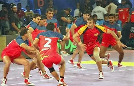 Dabang Delhi vs Puneri Paltan