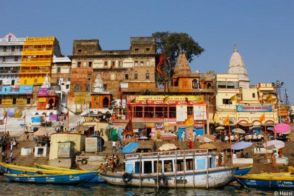 聖なるガンジス川/インド・バラナシ