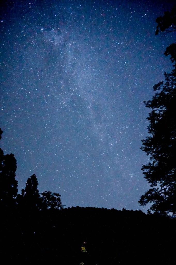 天の川もみえるくらい、無数の星