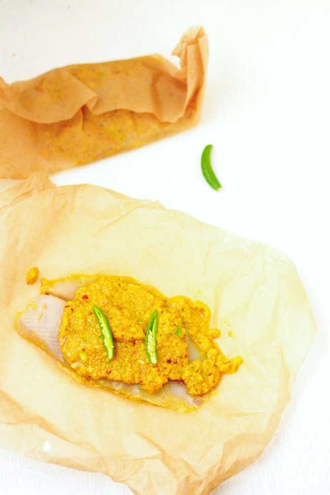 Shorshe Maach / Tilapia in Mustard Sauce - Guest Post for Vijitha @ Spices N Aroma 1