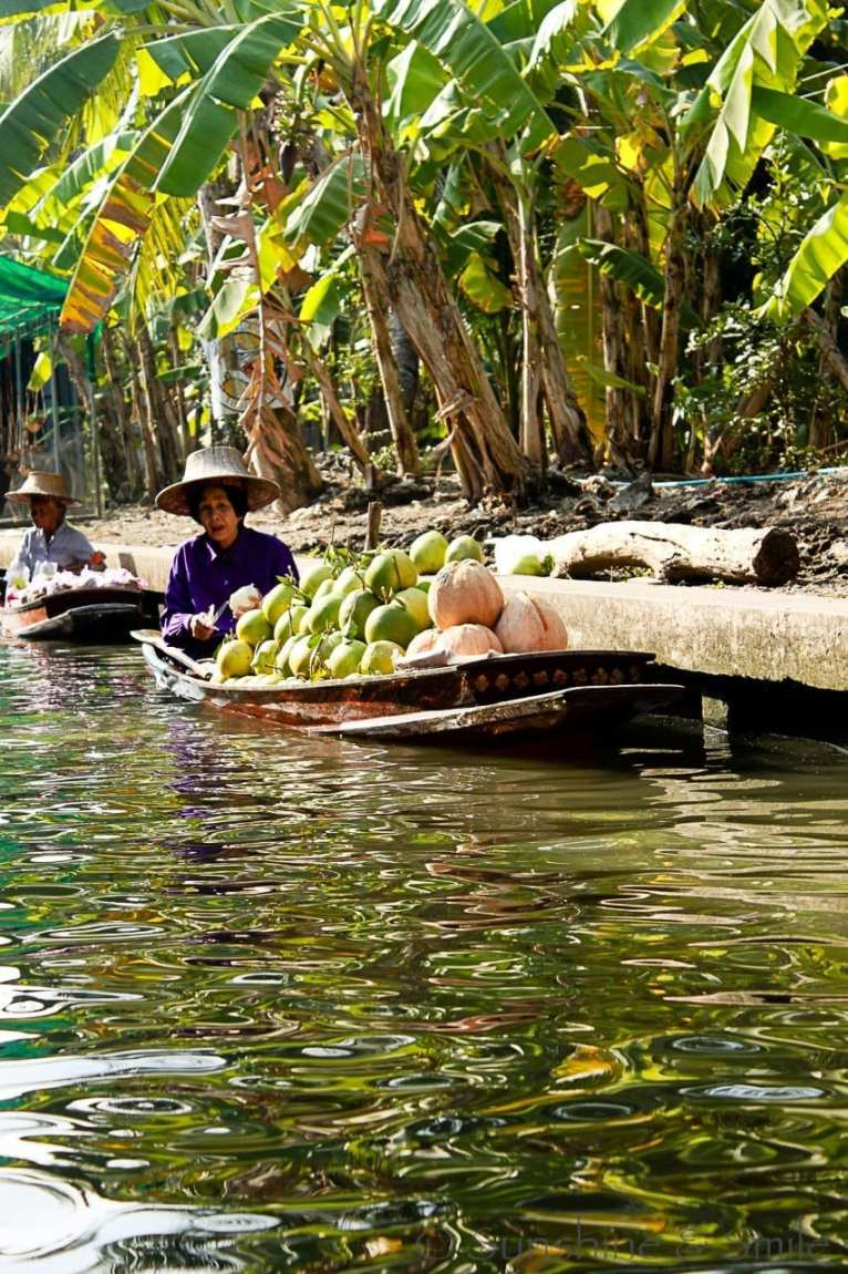 The Floating Market in Thailand 11