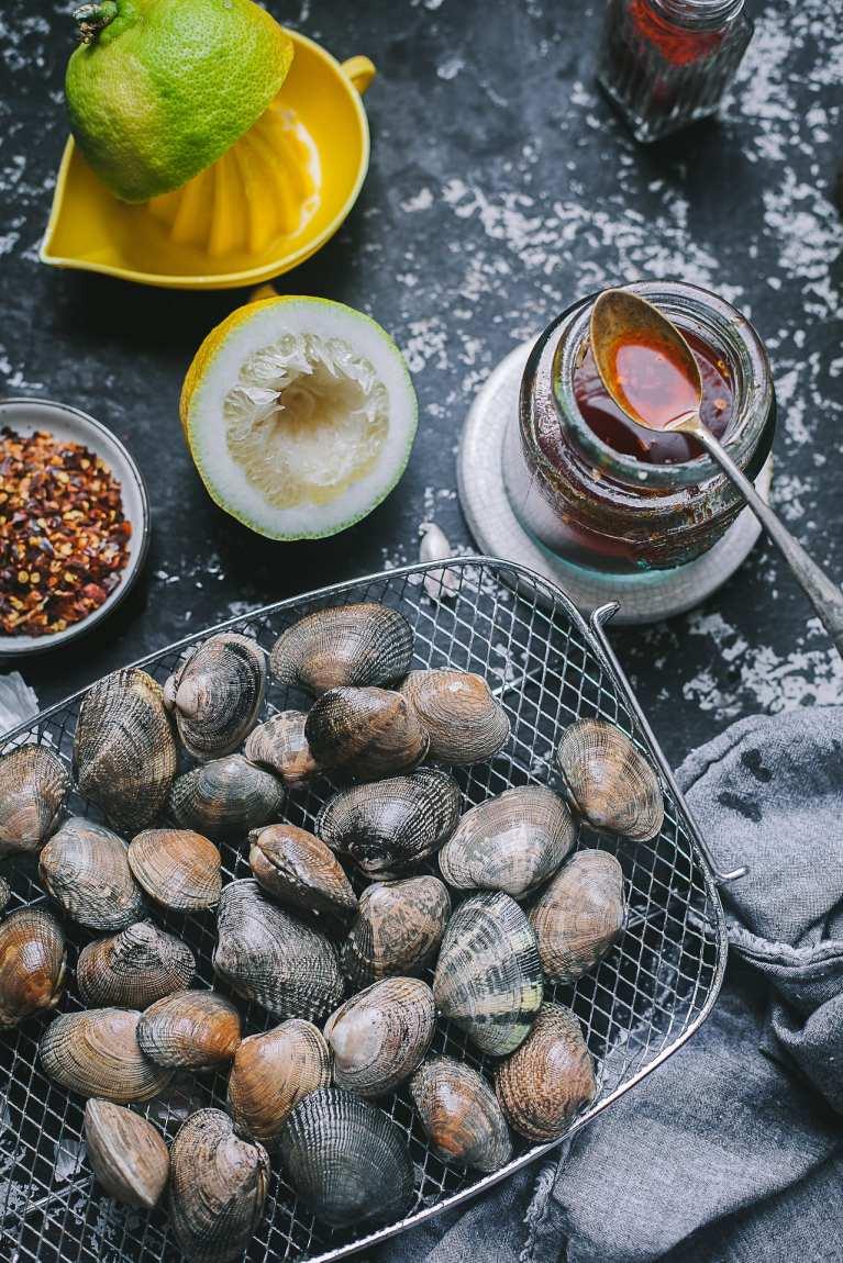 Piri Piri Clams | Playful Cooking #foodphotography #wine #foodphotography #seafood #clams