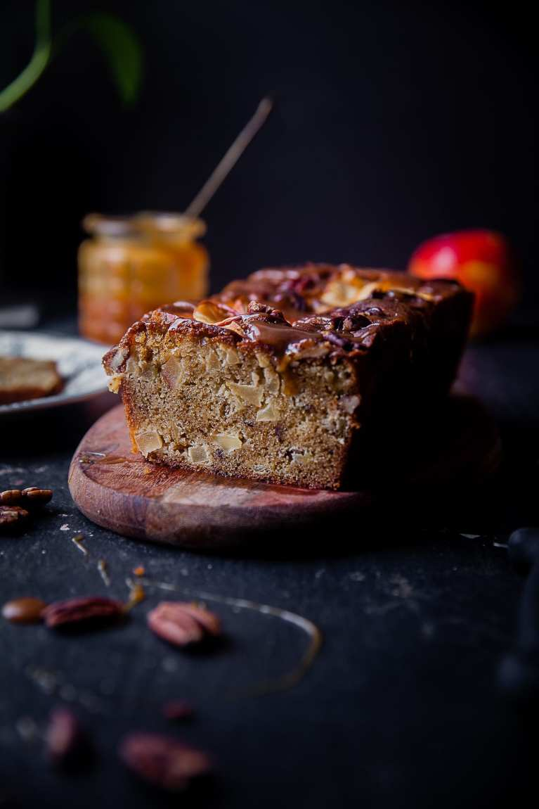 Apple Almond Cake | Playful Cooking #apple #cake #foodphotography #applecake #playfulcooking