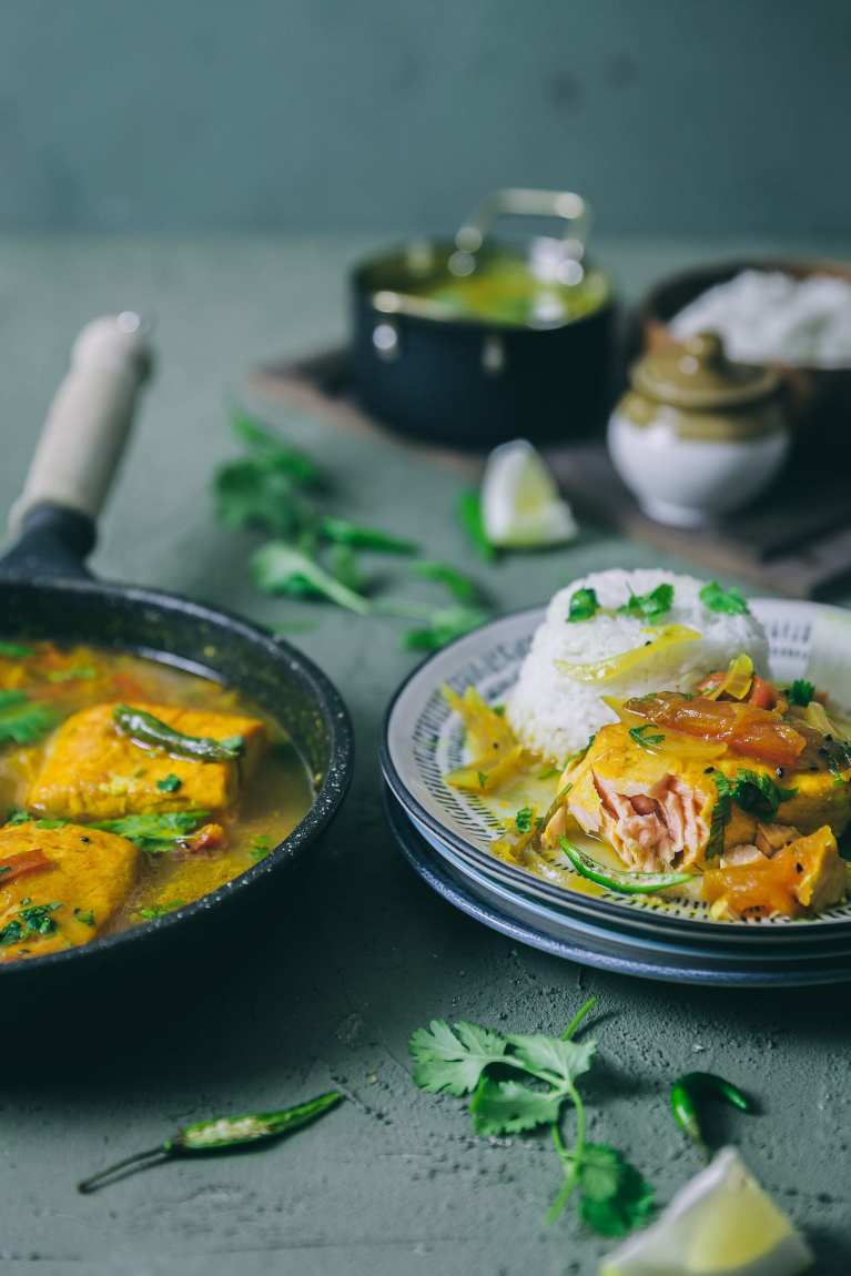 Bengali Macher Jhol with Salmon | macherjhol #foodphotography #bengalifishcurry #fishcurry #seafood #indianfood
