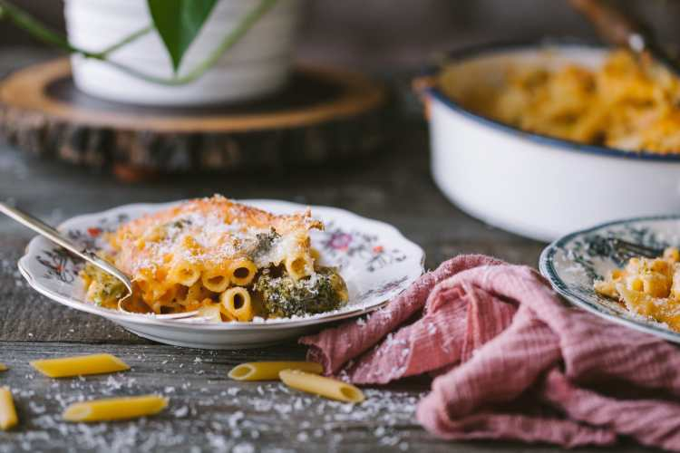 Broccoli Mac and Cheese 6