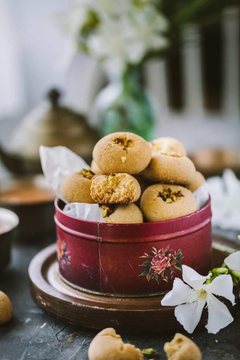 Nankhatai - Eggless Shortbread cookies
