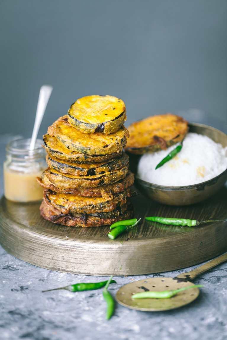 (Begun bhaja) Bengali style fried eggplant