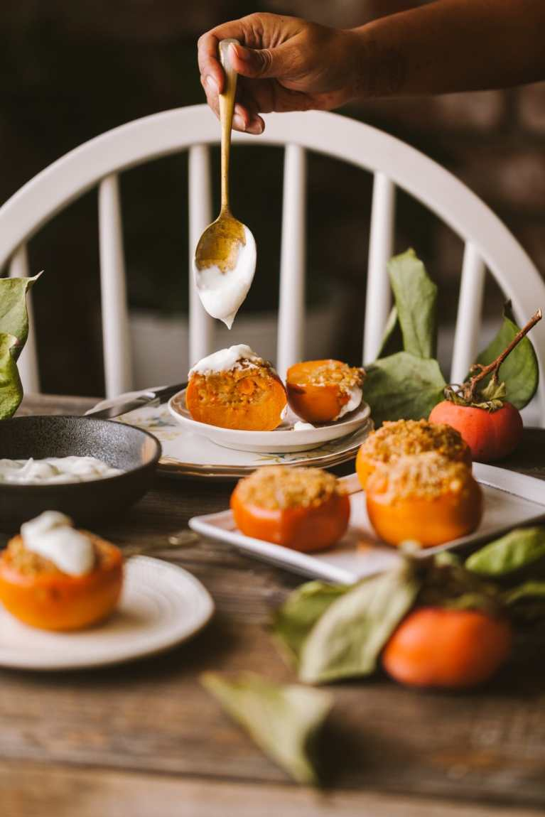 Baked Persimmon Crisp | Easy breakfast that can be made in advance