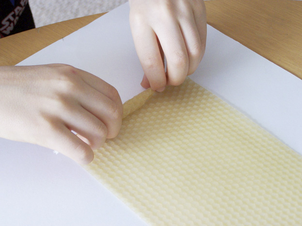 diy hand rolled beeswax