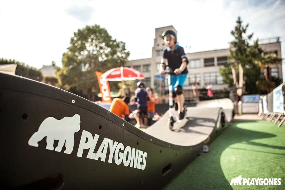 Stickers Playgones sur une Pumptrack