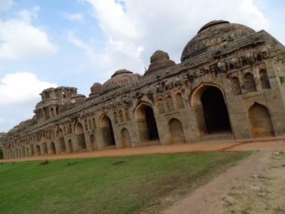L'etable des elephants aa Hampi dans le karnataka en inde
