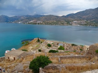 @playingtheworld-crete-24