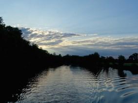 ©playingtheworld-mayenne-fleuve-bateau-laval (50)